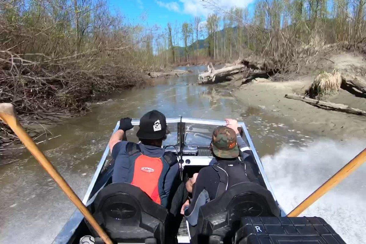 jet stream boat 360 stunt