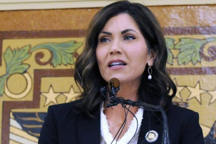 South Dakota Governor Urges Fans Not to Attend Dirt Track Race