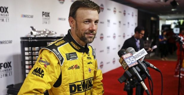 Matt Kenseth Comes out of Retirement to Replace Kyle Larson