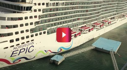 cruise ship crashes into dock