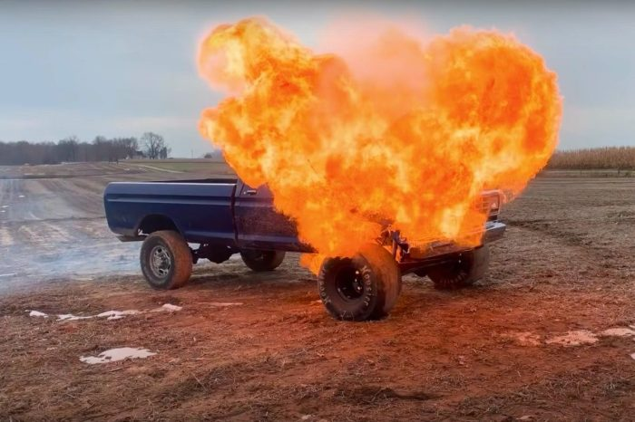 Man Blows Up the Engine in His '79 Ford Truck