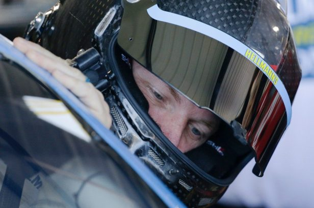 Dale Jr. Breaks Down a NASCAR Driver's Thoughts Before a Crash