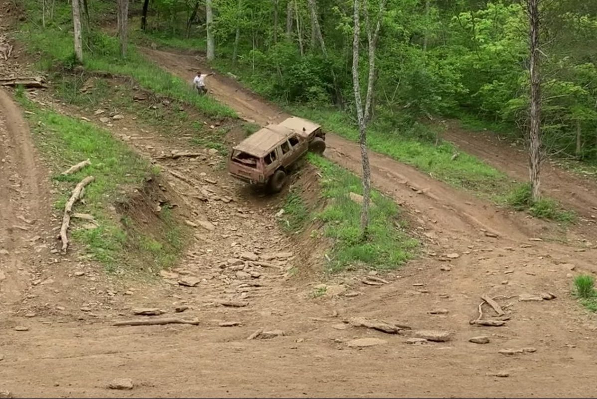 jeep 4x4 purposeful wreck