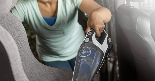 Keep Car Interiors Tidy With a Cordless Vacuum Cleaner
