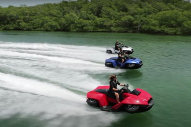 Amphibious ATV Called the Quadski Can Go From Water to Land in 5 Seconds Flat