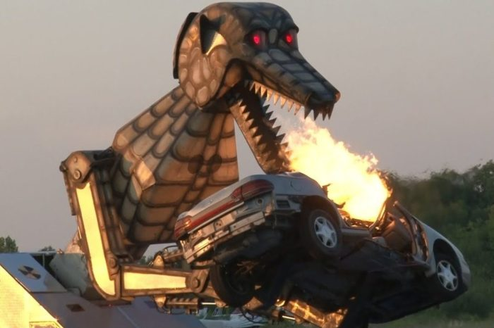 This Robotic Dinosaur Called Megasaurus Is the Ultimate Vehicle Destroyer