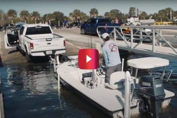 Video Shows One of the Quickest Ways to Launch a Boat by Yourself