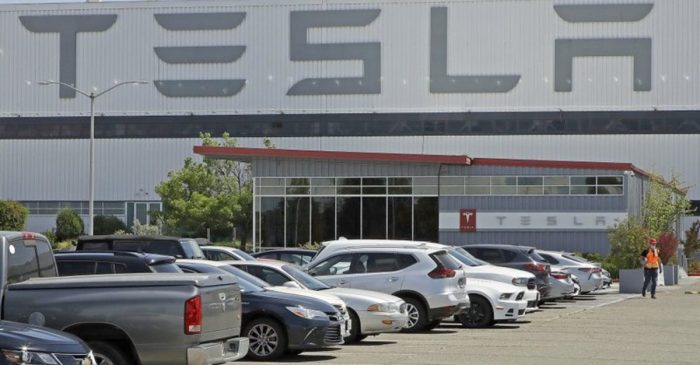 "Tesla Picks Austin, Texas for $1 Billion ""Gigafactory"""