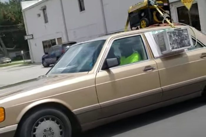 Florida Man's Monstrous Aftermarket AC System Is a Wild Way to Beat the Heat