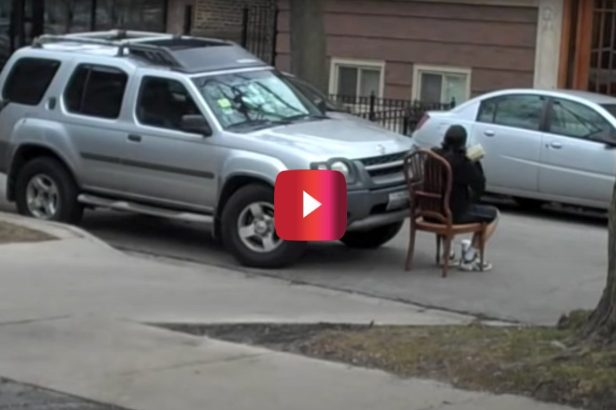 Man Teaches Lesson in Common Courtesy to Driver Who Parked In Front of His Driveway