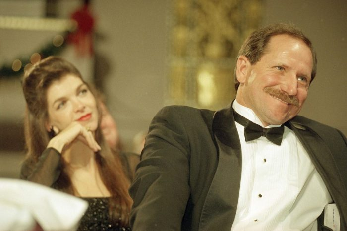 Teresa Earnhardt: Who Is Dale Earnhardt's Widow?