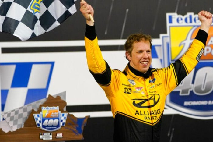 "Keselowski Dominates in Richmond Playoff Win: ""It's a Chess Game and I Got Blinders On"""