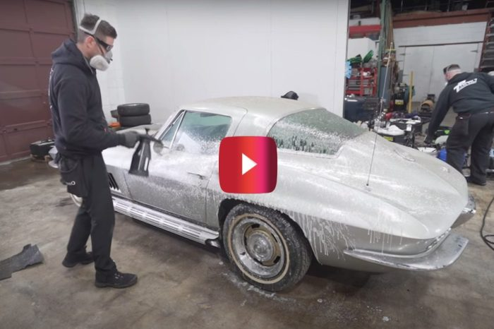 '67 Corvette Gets First Wash in 33 Years
