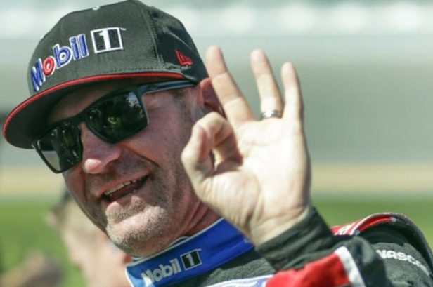 Clint Bowyer Will Retire From Racing, Join Fox Sports in 2021