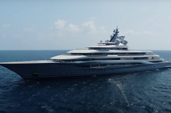 Did Jeff Bezos Really Buy a $400M Yacht?