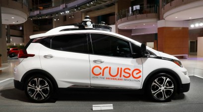 GM and Microsoft Team Up for $2 Billion Driverless Car Venture