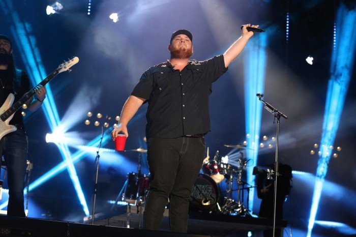 Country Star Luke Combs to Perform at Daytona 500 Pre-Race Concert