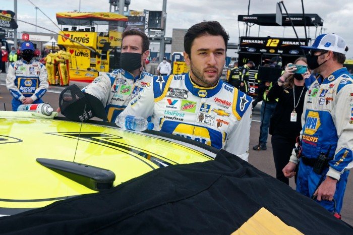 Do NASCAR Drivers Pee During a Race?