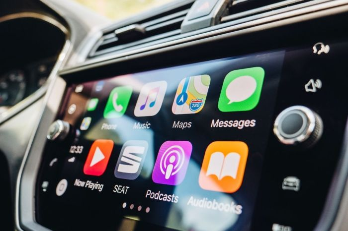 Tips for Cleaning and Disinfecting Touch Screen Displays in Cars