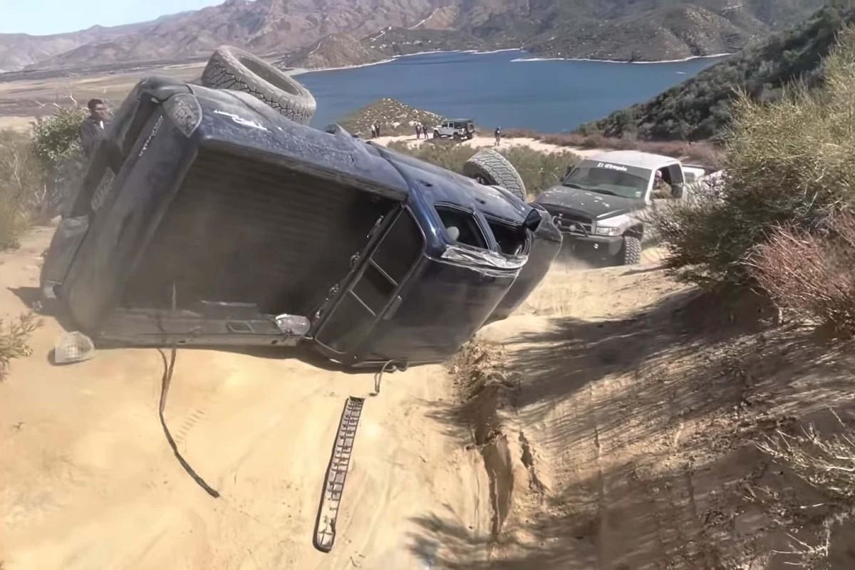 toyota tacoma off-road recovery fail