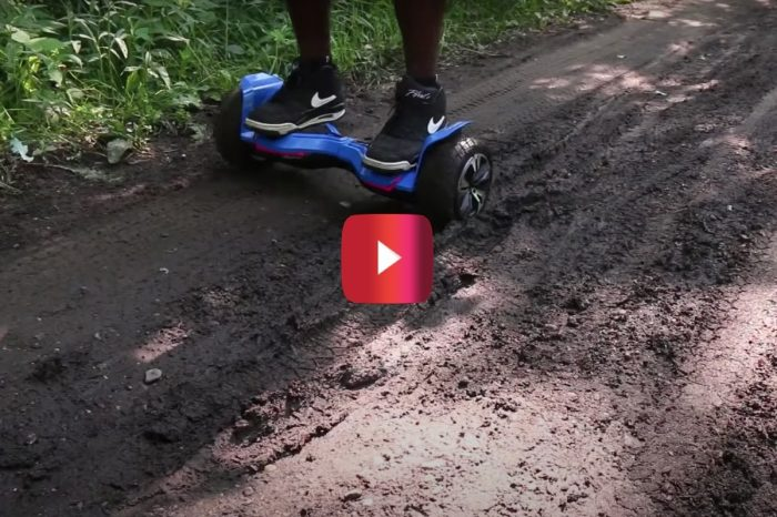 Off-Road Hoverboard Available on Amazon Has All the Bells and Whistles