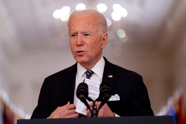Gas-Powered Vehicles Are Throwing a Wrench in Biden's Climate Change Plans