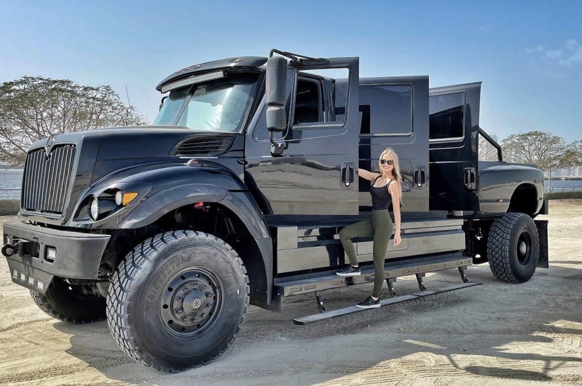$500,000 Pickup Truck With 6 doors