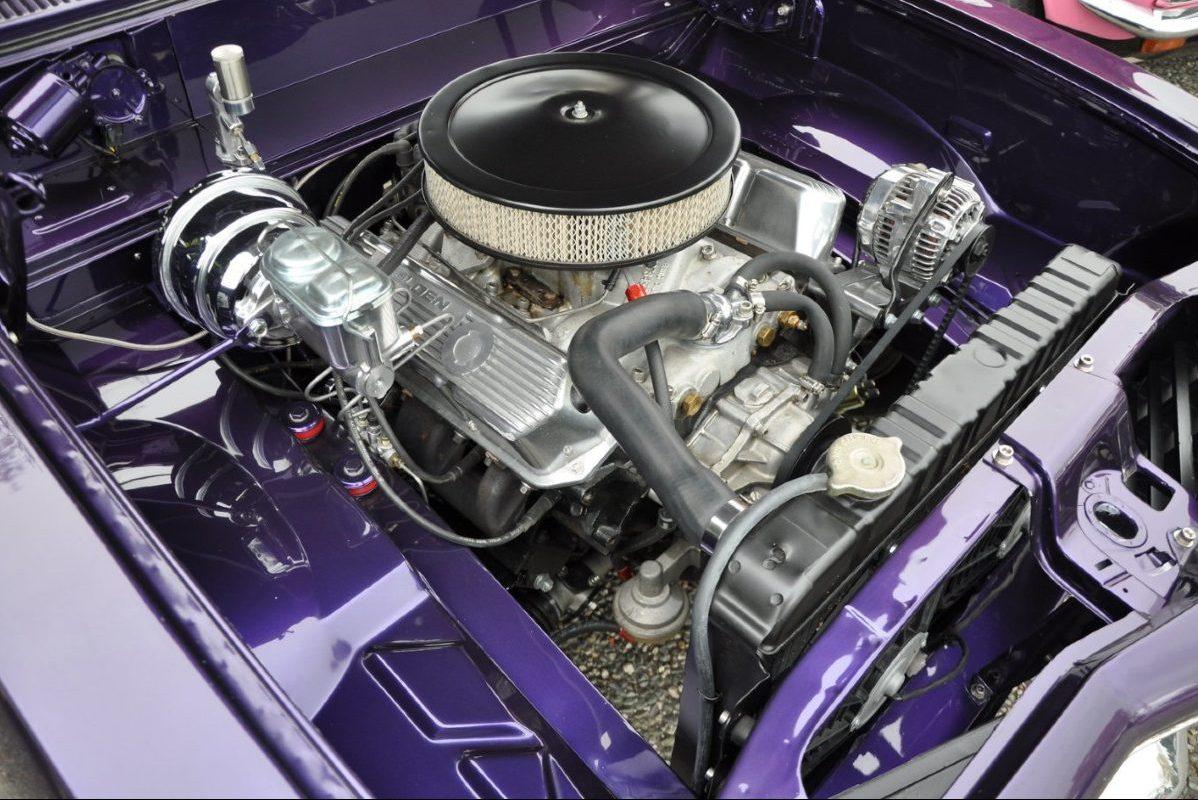 Holden Torana car engine