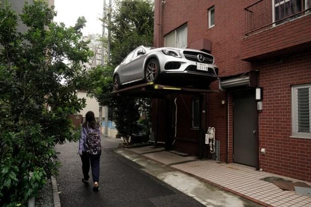 Is It a Good Idea to Make a DIY Car Lift?
