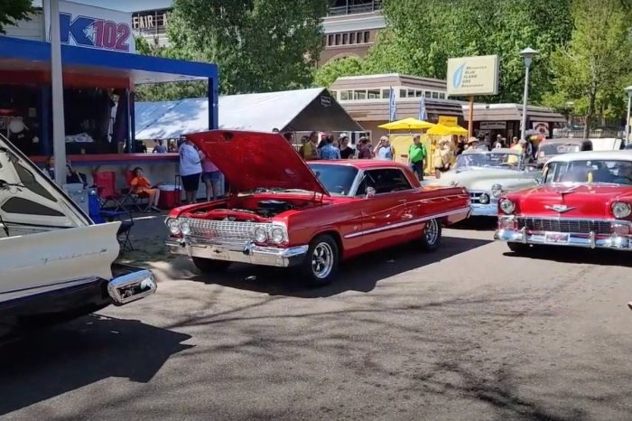 """Minnesota's """"Back to the '50s Weekend"""" Is an Incredible Celebration of Classic Cars"""