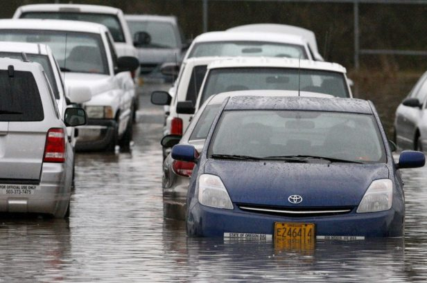 A Step-by-Step Guide for the Owner of a Flood-Damaged Vehicle