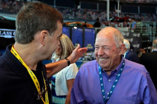 """Jack Ingram, NASCAR's """"Iron Man"""" and Hall of Famer, Dies at 84"""