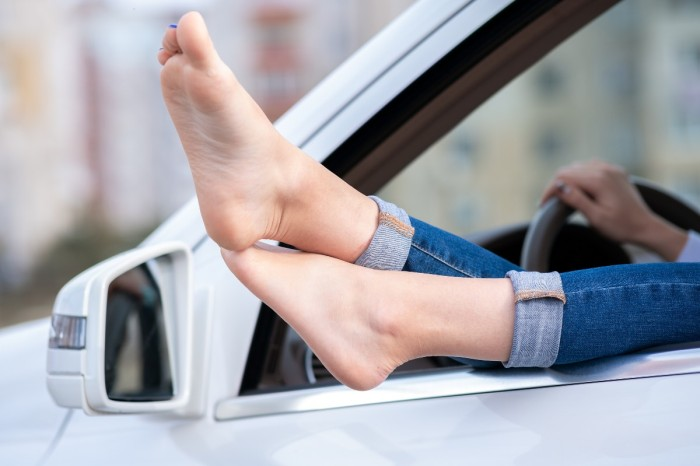 What Are the Consequences for Driving Barefoot?