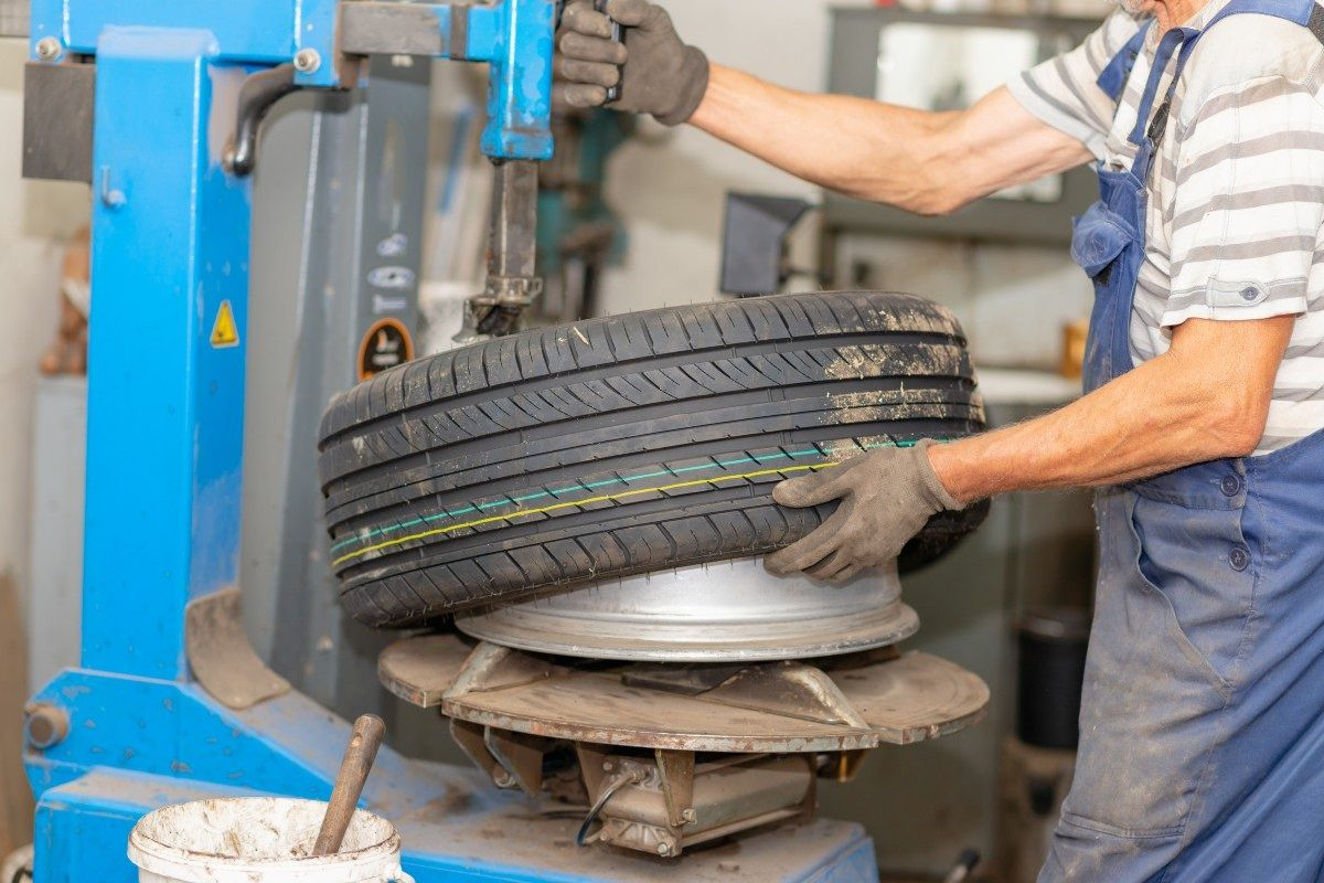 rotating tire