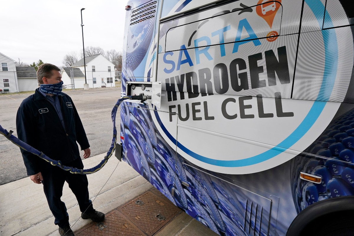 What's the Future for Hydrogen-Powered Vehicles?